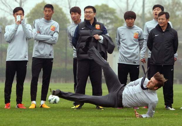Beckham hervat training na China-trip