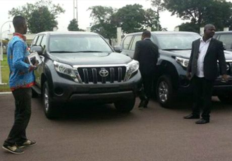Players of DR Congo awarded cars