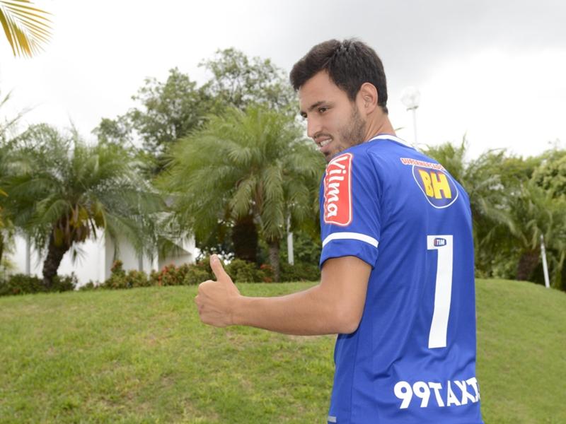 Versátil, Sánchez Miño quer ajudar o Cruzeiro