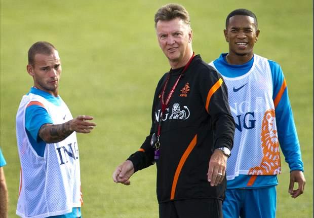 """Van Gaal: """"Trots"""" op Sneijder"""