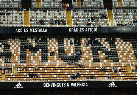 Valencia fans stage Mestalla protest