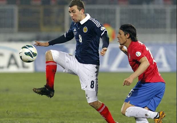 James McArthur Sasar Turnamen Besar Bersama Skotlandia