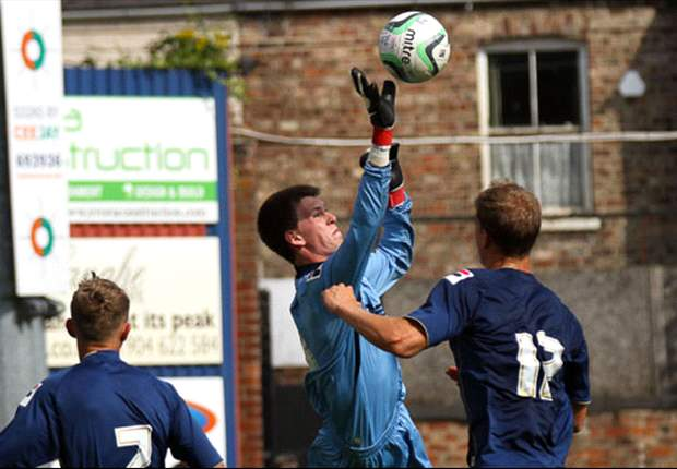 Liam Jacob in action for Oldham against York City. PHOTO: Lewis Outing, Mainlyfax