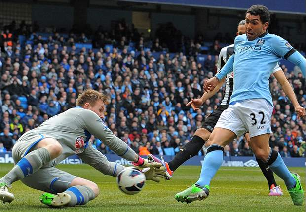 Manchester City Hancurkan Newcastle United