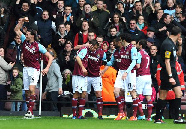 West Ham 3-1 West Brom: Carroll double edges Hammers clear of danger