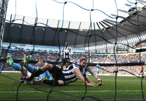 Manchester City 4-0 Newcastle United: Dominant champions pile pressure on Pardew