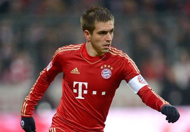 Lahm rates Bayern's chances of reaching final as 50:50