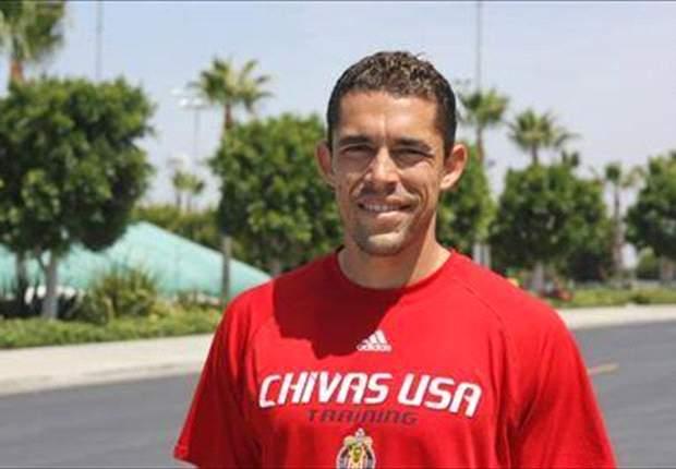 Hérculez Gómez bromea con irse a Chivas USA
