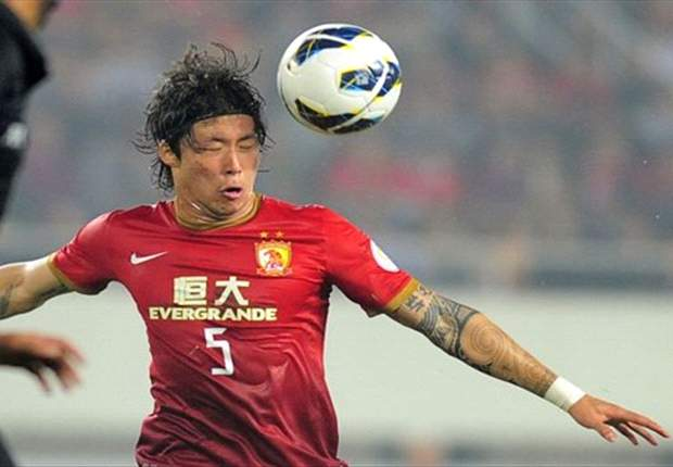 Zhang Linpeng, bek Guangzhou Evergrande yang disiapkan menghadapi Indonesia.