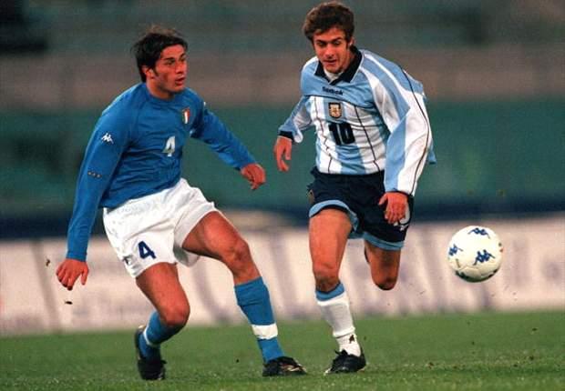 El último amistoso entre ambas selecciones fue el 28 de febrero del 2001 en Roma