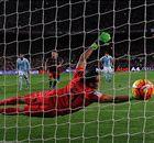 LA LIGA | El Barcelona recibe su primer penalti en contra esta campaña