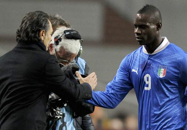 Balotelli must stay focused, says Prandelli
