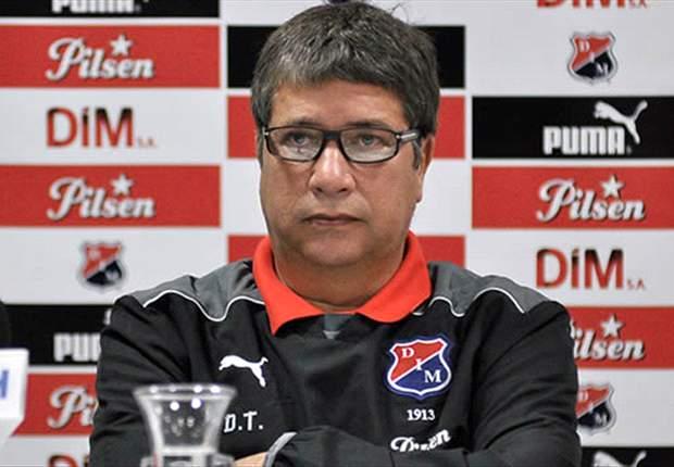 Un ex entrenador de Colombia podría ser echado de su club