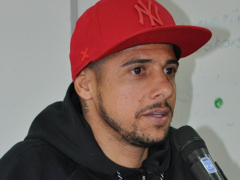 """Cicinho scuote il Brasile: """"Non è solo Neymar, impari a vincere senza"""""""