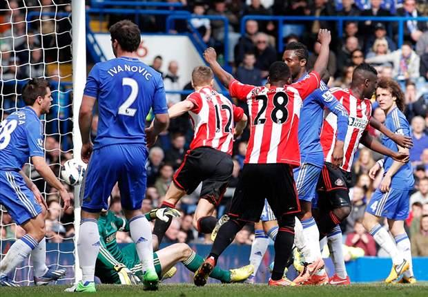 Chelsea derde na zege, Jol verliest