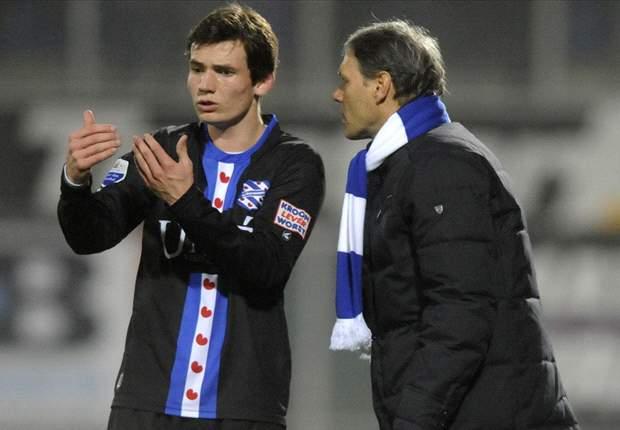 """""""Van Basten alleen contact met Heerenveen"""""""