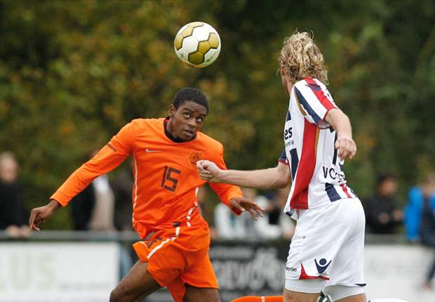 Arsenal youngster Ebecilio completes Twente switch