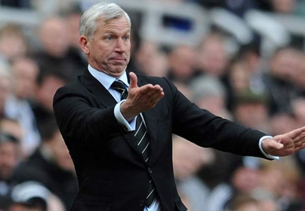 My Arsenal comments were a joke, says Newcastle boss Pardew