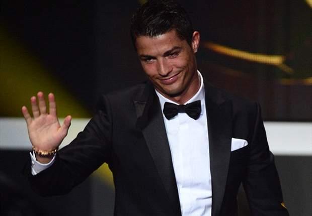 CLEAR FOOTBALL: Pakaian Terbaik Pemain Sepakbola