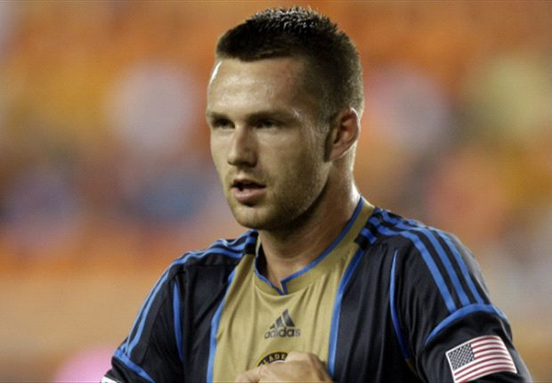 Philadelphia Union 1-1 Toronto FC: Jack McInerney scores late to save Union's blushes