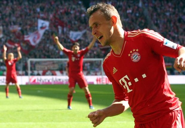 Rafinha: I don't want to leave Bayern