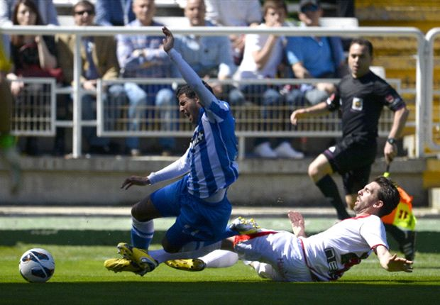 Carlos Vela se recupera y estará ante el Sevilla