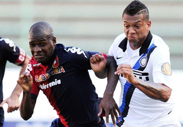 El chileno Pinilla alegra al Cagliari y llena de dudas al Inter