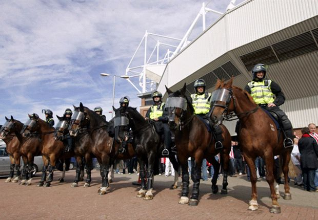Fans clash with police following Tyne-Wear derby