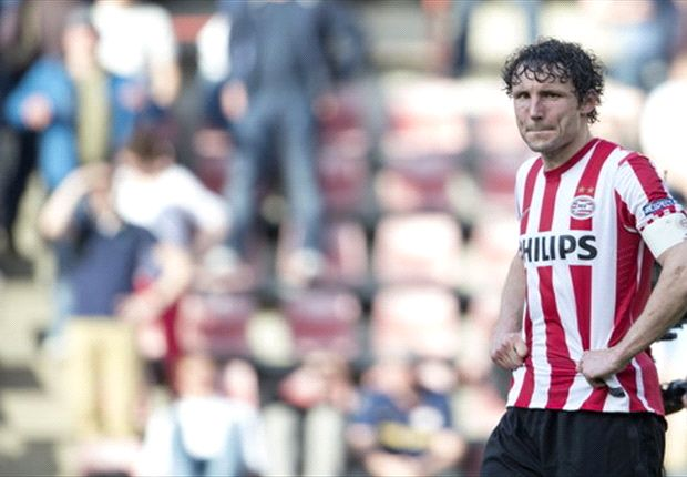 Van Bommel: Second leg at home could be decisive for Barcelona against Bayern