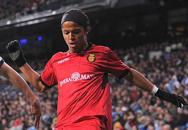 Dos Santos leaves Mallorca to join Mexico