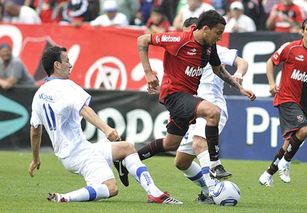 Newell's no quiere quedar lejos de Lanús y Vélez busca sumar para subir en la tabla.