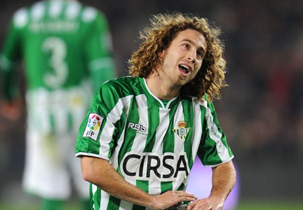 Swansea have completed the signing of Betis midfielder Jose Canas