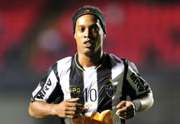 Besiktas: We want to sign Ronaldinho