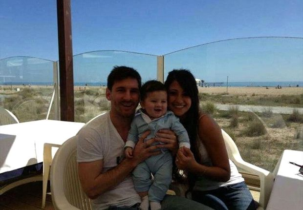 Neymar, Aguero or Ronaldo - Who will Lionel Messi choose to be his best man?
