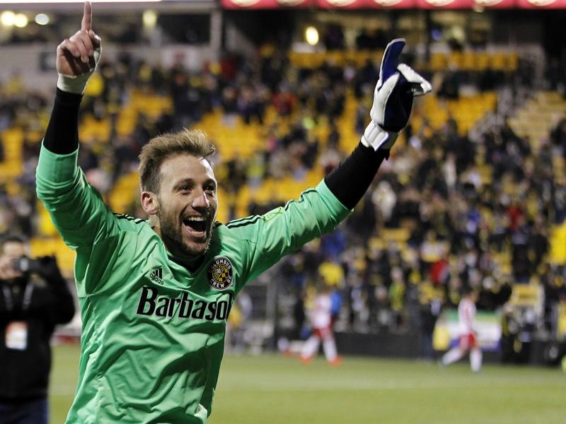 D.C. United signs ex-Columbus Crew goalkeeper Clark