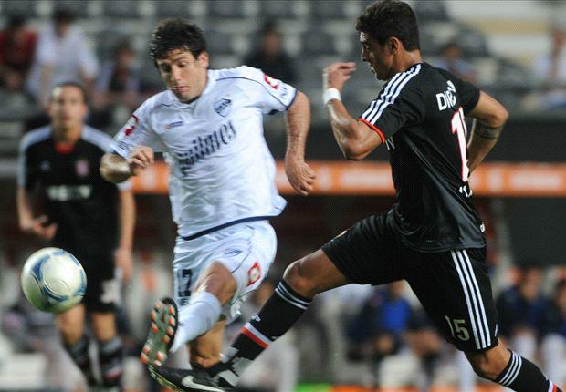 Estudiantes, con Verón, recibe a Quilmes, que estrena DT.