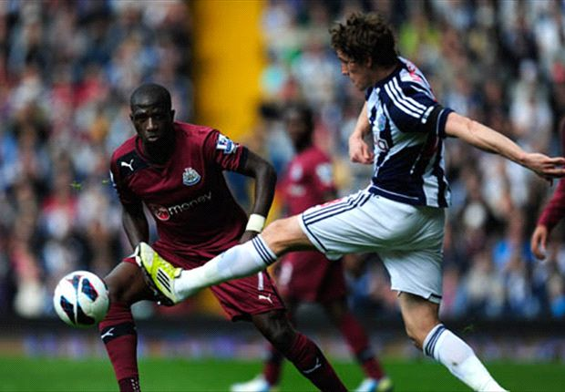 Steve Clarke Puji Permainan Newcastle United