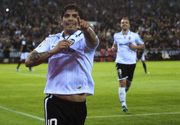 Banega wants to repay Valencia with a title