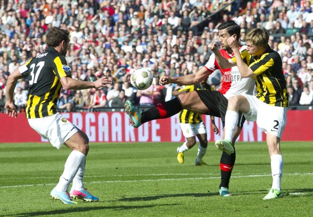 Eredivisie Round 31 Results: Ajax slip up while Feyenoord and PSV win