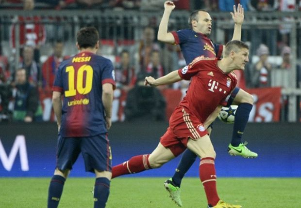 Putting Barcelona under pressure paid off, says Schweinsteiger