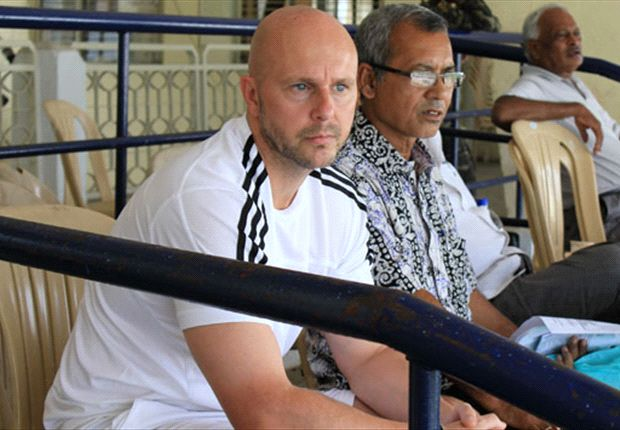'Whatever happens I will stay on at Prayag United' - Eelco Schattorie