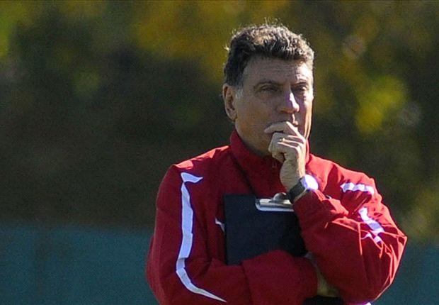 Brindisi duda sobre el equipo.
