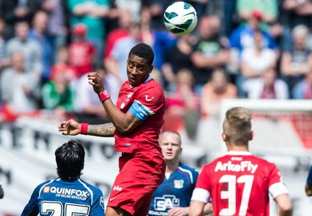 FC Twente met speels gemak langs NEC