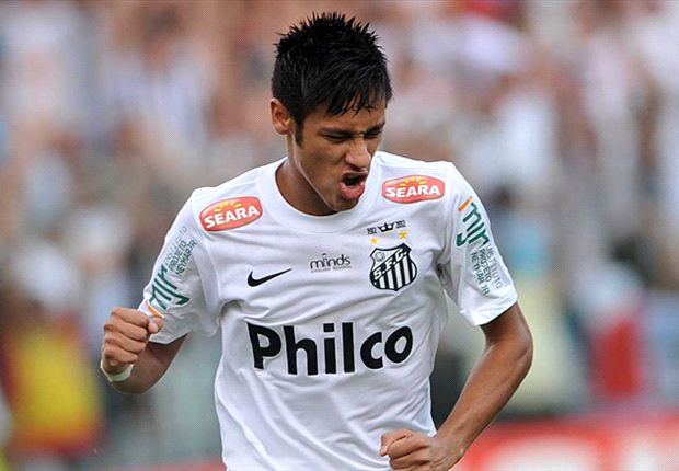 Santos vice-president silent on Neymar fee