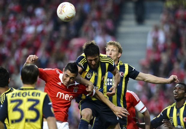 Fenerbahce, Besiktas receive European bans