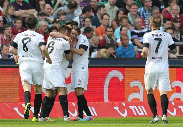 """Hannover 96 """"verliert"""" zwei Punkte gegen Mainz: Auch mit """"Vollgas"""" kann Artur Sobiech das Remis nicht verhindern"""