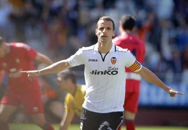 Tottenham send Baldini to negotiate Soldado deal with Valencia