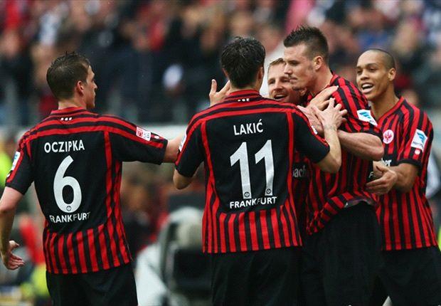 Eintracht voert druk weer op bij Schalke