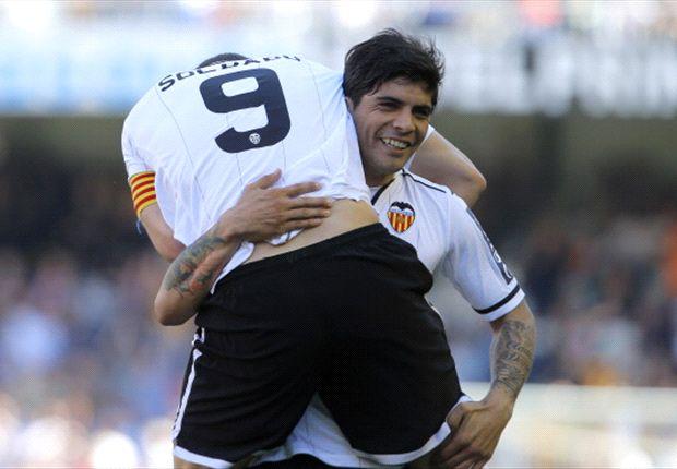 Valencia goleó al Rayo y se quiere meter en Champions