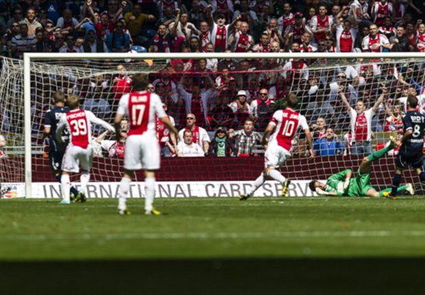 Ajax goleia o Willem e conquista o tricampeonato holandês